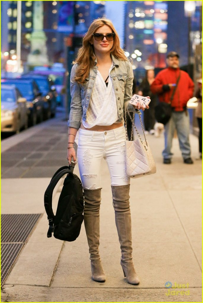 """New York, NY - After a full day of events, Bella Thorne spares some time with fans outside her NYC Hotel. Bella and her new flame Brandon Lee turned up the heat on their adorable night out together on March 21, The DUFF star enjoyed a romantic dinner with Pamela Anderson's son at Nobu in West Hollywood. """"They were way into each other,"""" an eyewitness at Nobu added. AKM-GSI March 25, 2015 To License These Photos, Please Contact : Steve Ginsburg (310) 505-8447 (323) 423-9397 steve@akmgsi.com sales@akmgsi.com or Maria Buda (917) 242-1505 mbuda@akmgsi.com ginsburgspalyinc@gmail.com"""