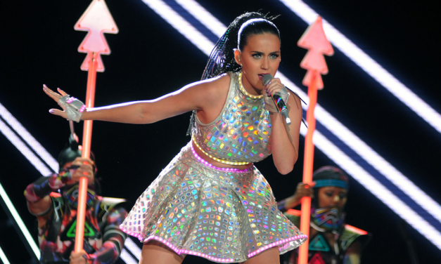 Katy Perry: 10 outfit che hanno fatto la storia del suo successo