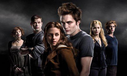TWILIGHT: a 10 anni dall'uscita torna al cinema, 20 e 21 novembre, la storia d'amore tra Bella ed Edward