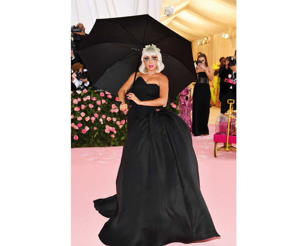 Lady Gaga in Brandon Maxwell secondo outfit