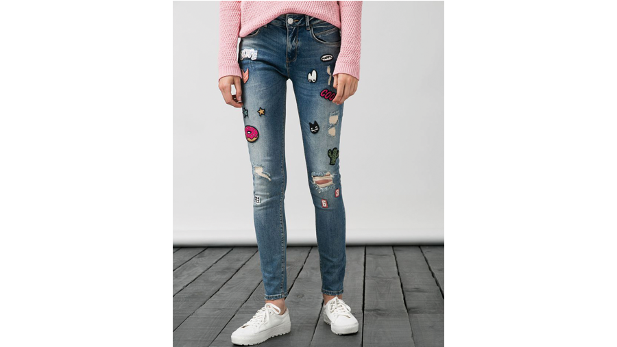 Jeans skinny con patches