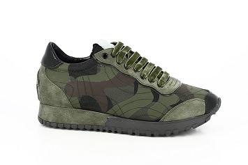 8.Sneakers camouflage, Parade Italia