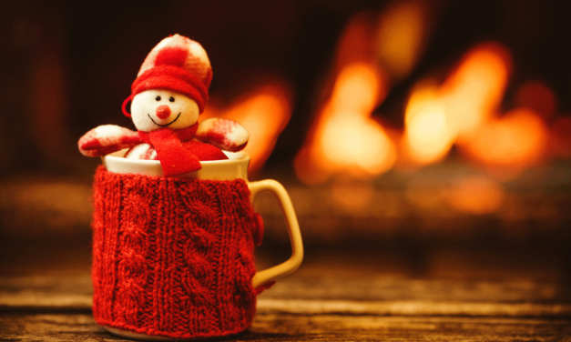 10 messaggi da inviare su WhatsApp a Natale per dirgli che ti piace