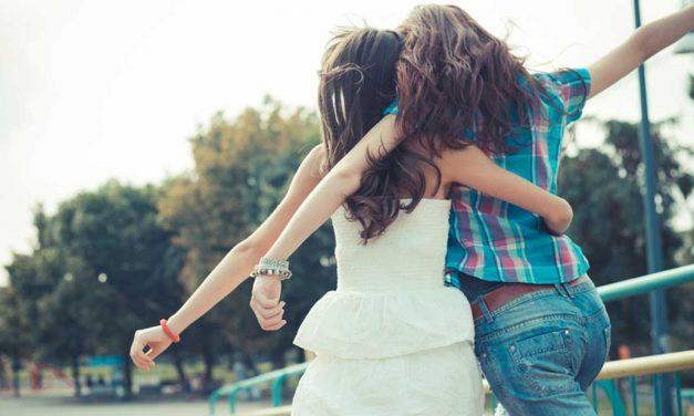 Amiche fake: come riconoscerle e tenerle alla larga
