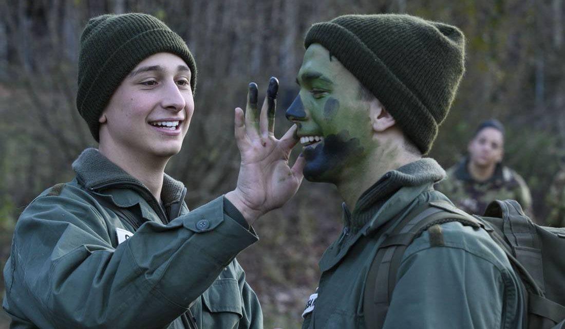 La Caserma: seconda puntata tra marce, camouflage e nuovi amori